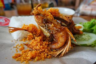 Foto 1 - Makanan di Ayam Kremes Bu Tjondro oleh yudistira ishak abrar