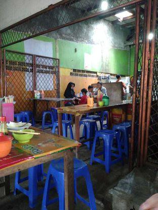 Foto 6 - Interior di Mie Ayam Bojoloro oleh yeli nurlena