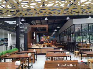 Foto 9 - Interior di Nasi Kapau Juragan oleh UrsAndNic