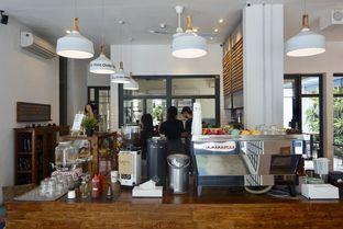 Foto 20 - Interior di SRSLY Coffee oleh yudistira ishak abrar
