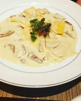 Foto 1 - Makanan di Alto Restaurant & Bar - Four Seasons oleh Nicole Rivkah