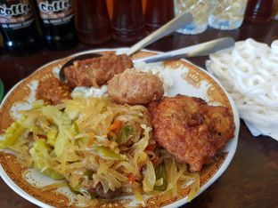 Foto 2 - Makanan di Warung Kuning oleh Amrinayu
