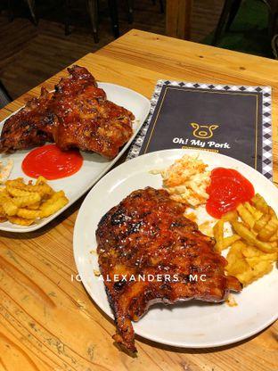 Foto 1 - Makanan di Oh! My Pork oleh Alexander Michael