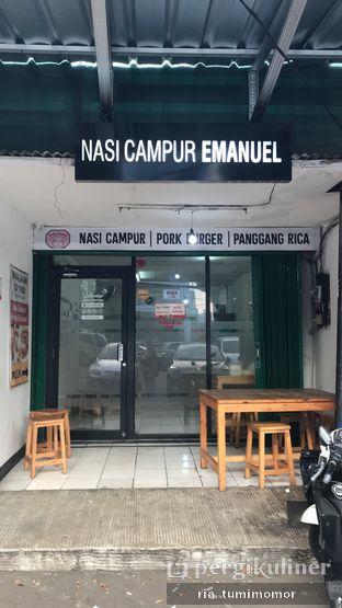 Foto review Nasi Campur & Burger Babi Emanuel oleh Ria Tumimomor IG: @riamrt 5