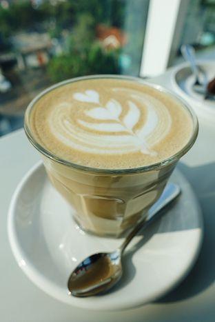 Foto 6 - Makanan di 1/15 One Fifteenth Coffee oleh iminggie