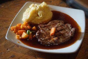 Foto 1 - Makanan(Tenderloin Steak) di Karnivor oleh Fadhlur Rohman