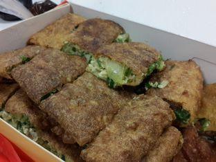 Foto 2 - Makanan(Martabak Telor Sapi) di Martabak Royal Gading oleh @stelmaris