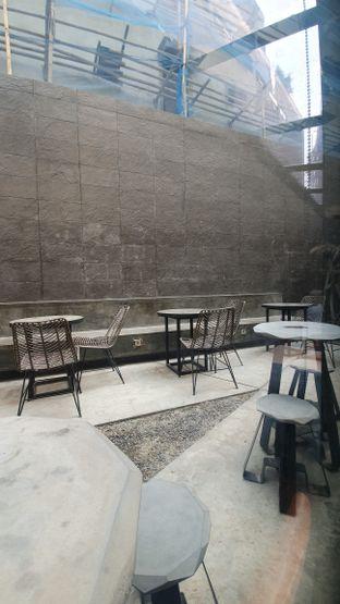 Foto 7 - Interior di Ardent Coffee oleh Naomi Suryabudhi