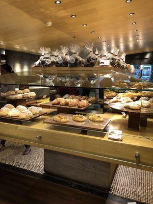 Foto 5 - Makanan di Francis Artisan Bakery oleh Nanakoot