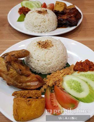 Foto 1 - Makanan di Adora Lezat oleh UrsAndNic