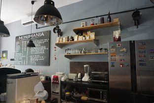 Foto 8 - Interior di Monomania Coffee House oleh BUKUmenuku