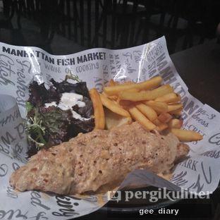Foto 2 - Makanan di The Manhattan Fish Market oleh Genina @geeatdiary