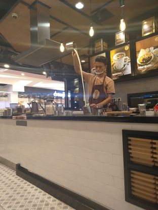 Foto 6 - Interior di Aming Coffee oleh yeli nurlena