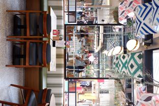 Foto 12 - Interior di Pish & Posh Cafe oleh yudistira ishak abrar