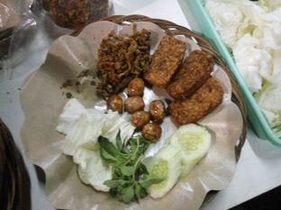 Foto - Makanan(Ini alacartnya ) di Ayam Gepuk Pak Gembus oleh Jyan Sebastian