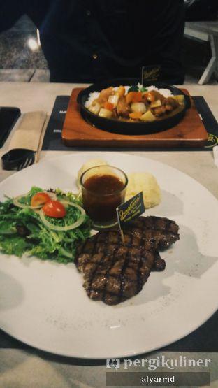 Foto 1 - Makanan(Tenderloin Steak & Chicken Katsu Curry Rice) di Justus Steakhouse oleh Alya Ramadhanty