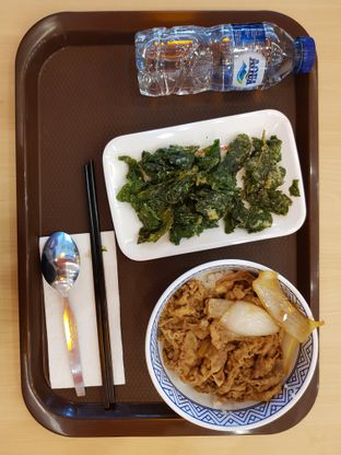 Foto 1 - Makanan di Yoshinoya oleh Amrinayu
