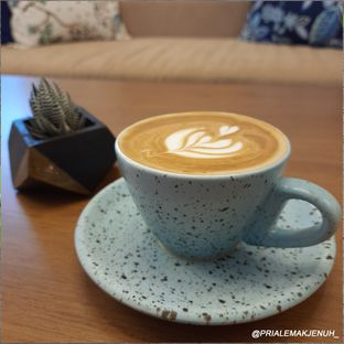 Foto review Divani's Boulangerie & Cafe oleh Pria Lemak Jenuh 2