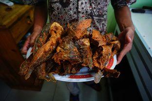 Foto 2 - Makanan di RM Pondok Minang Jaya oleh Nanakoot