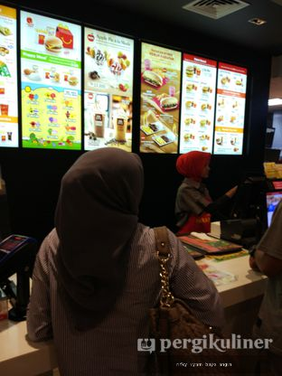 Foto 1 - Interior di McDonald's oleh Rifky Syam Harahap