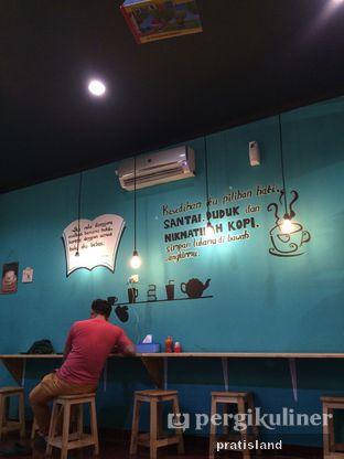 Foto 7 - Interior di Book Cafe oleh Pratista Vinaya S