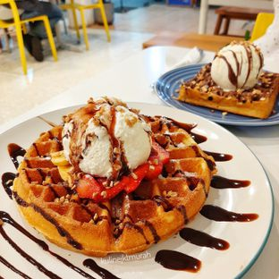Foto 1 - Makanan di BROWNFOX Waffle & Coffee oleh kulinerjktmurah | yulianisa & tantri