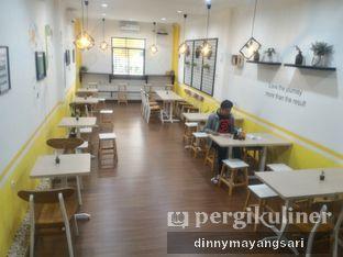Foto 8 - Interior di Koma Cafe oleh dinny mayangsari