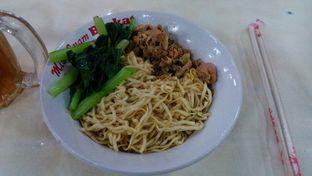 Foto 1 - Makanan di Resto Mie Ayam Berkat oleh Eunice