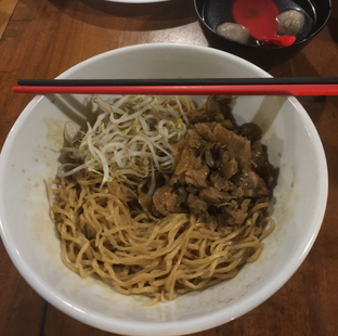 Foto 2 - Makanan di Cafe Dermaga (Bakmi Sakau) oleh Anne Yonathan