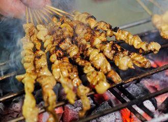 14 Tempat Makan Sate di Jakarta dengan Rasa Lezat yang Bikin Kamu Makin Penasaran