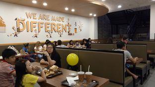Foto 6 - Interior di BurgerUP oleh Yovita Windy