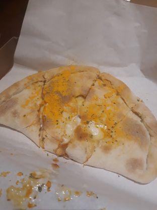 Foto 6 - Makanan di Master Cheese Pizza oleh Mouthgasm.jkt