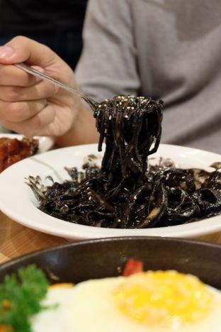 Foto review School Food Blooming Mari oleh Astrid Huang | @biteandbrew 8