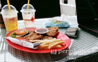 Foto Makanan di Clemmons Recharge