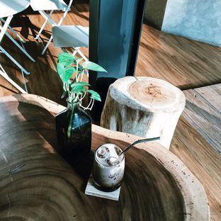 Foto 6 - Makanan di Emji Coffee Bar & Space oleh Della Ayu