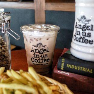 Foto 2 - Makanan(Cafe mocha) di Angel In Us Coffee oleh Stellachubby