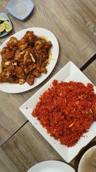 Foto 1 - Makanan di RM Irtim Makassar oleh Naomi Suryabudhi
