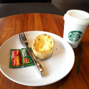 Foto 1 - Makanan di Starbucks Coffee oleh Yustina Meranjasari