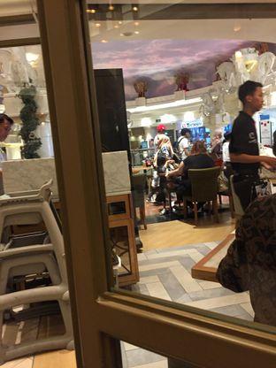 Foto 8 - Interior di Bakerzin oleh Yohanacandra (@kulinerkapandiet)