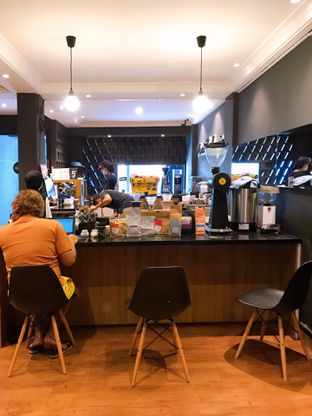 Foto 13 - Interior di Magia Coffee oleh yudistira ishak abrar