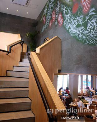 Foto 5 - Interior di Starbucks Reserve oleh Darsehsri Handayani