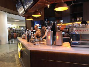 Foto 3 - Interior di Gloria Jean's Coffees oleh Oswin Liandow