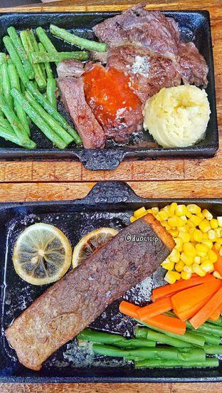 Foto review Steak On Top oleh duocicip  25