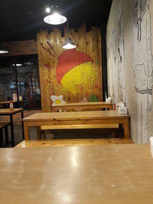 Foto 3 - Interior di What's Up Cafe oleh Tukang Ngopi