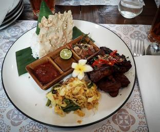 Foto 2 - Makanan di Kembang Tandjoeng oleh Amira Nadaviana