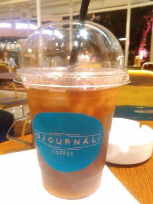 Foto 1 - Makanan(iced tea) di The People's Cafe oleh Renodaneswara @caesarinodswr