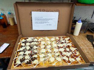 Foto 2 - Makanan(Pizza Jumbo Extra Mozza) di Pizza Jumbo oleh warung mac arena