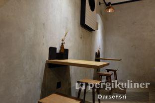 Foto 5 - Interior di Doma Dona Coffee oleh Darsehsri Handayani