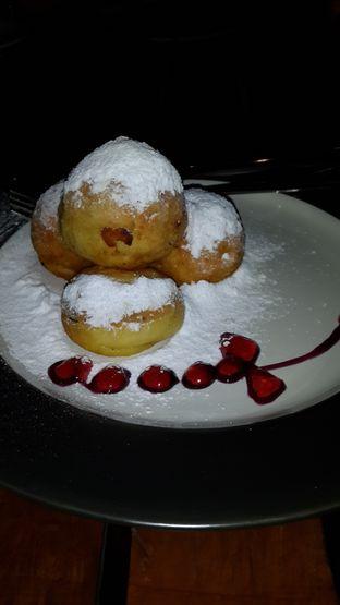 Foto 1 - Makanan di Meranti Restaurant oleh Olivia @foodsid