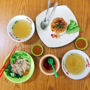 Foto 6 - Makanan di Bihun Bebek & Ayam TPI oleh Astrid Huang | @biteandbrew